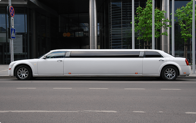 Sofia Limousines - Chrysler 300C Super Stretch - Side View